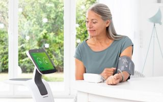 Medisana-Home-Care-Robot-temi.jpg
