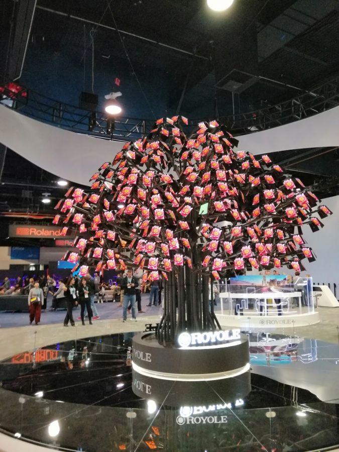 CES-2020-Display-Baum.jpg