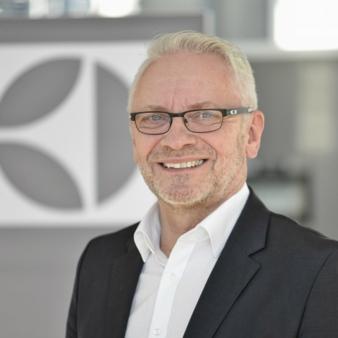 Karl-Heinz-Schneider.jpg